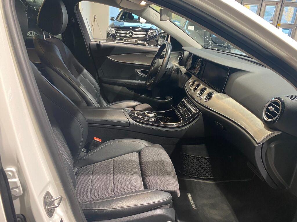 Mercedes-Benz E 2018 Mercedes-Benz E 220 d 4Matic T A Business Avantgarde EURO6