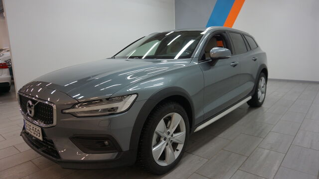 Volvo V60 CROSS COUNTRY 2020