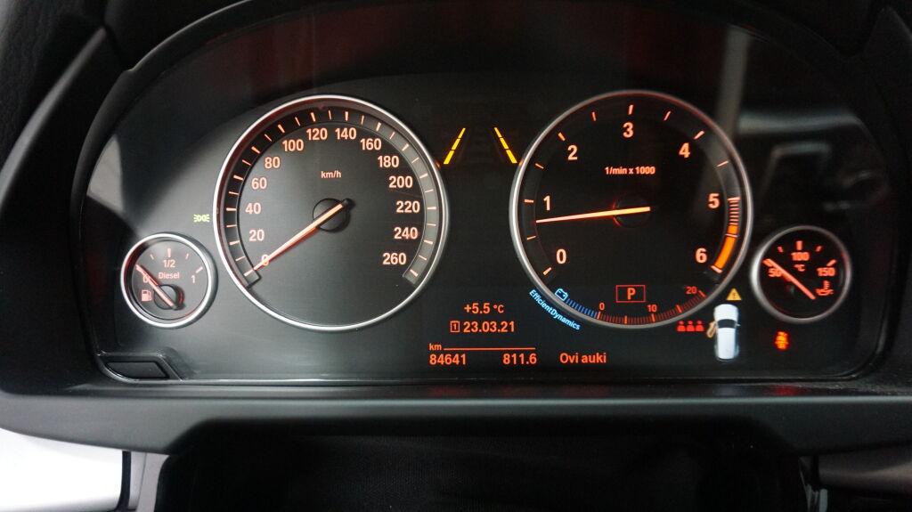 BMW X5 2018 BMW X5 F15 xDrive30d A (MY18)