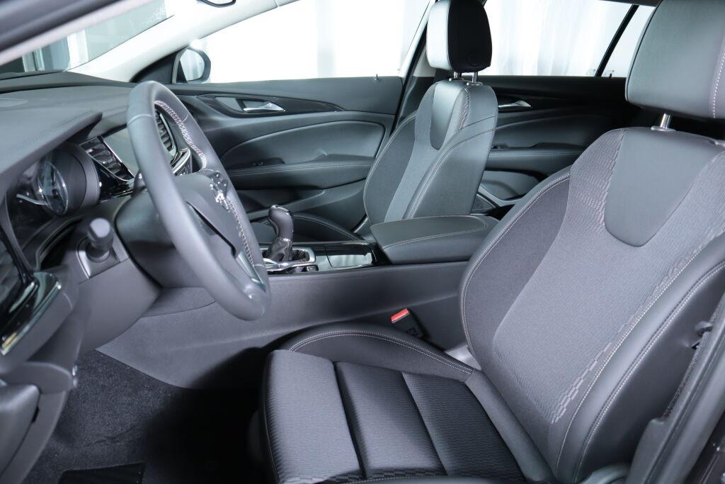 Opel INSIGNIA 2021 Opel INSIGNIA Sports Tourer Innovation+ 120 D T Aut.
