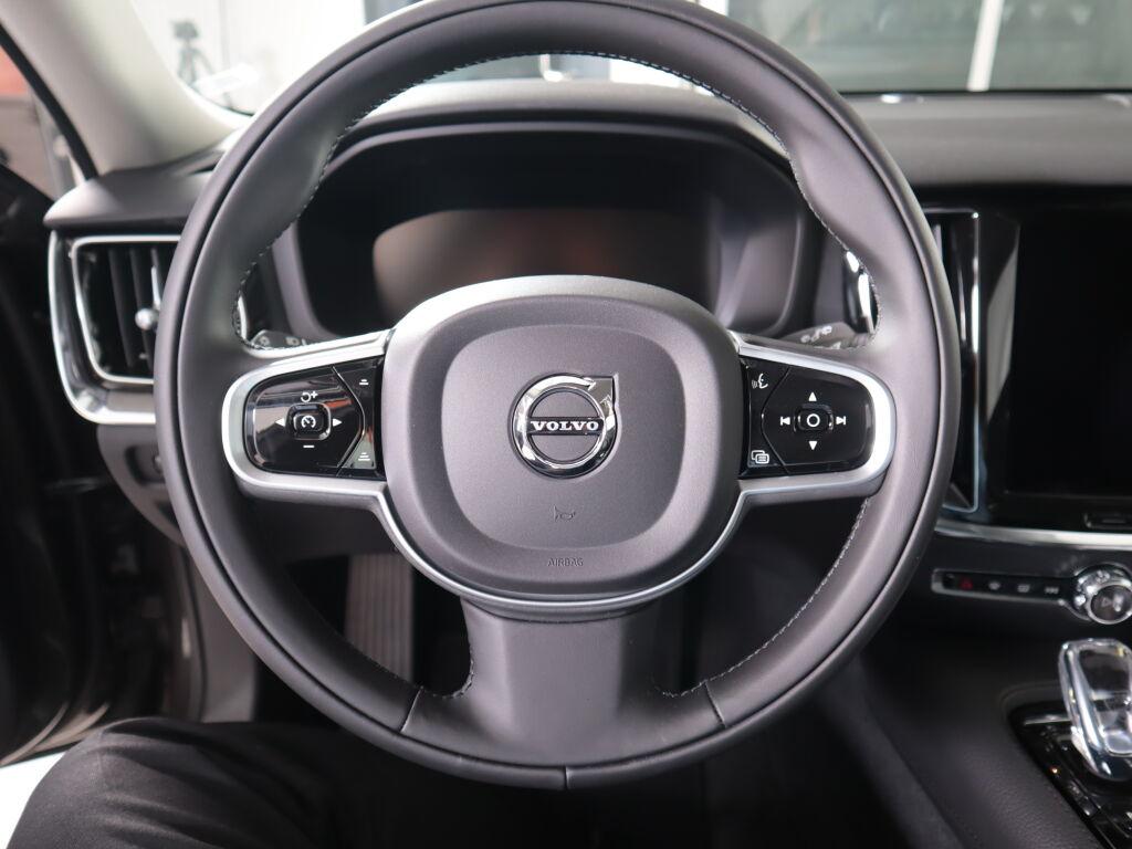 Volvo V60 2022 Volvo V60 T8 TwE AWD Business Inscription Aut