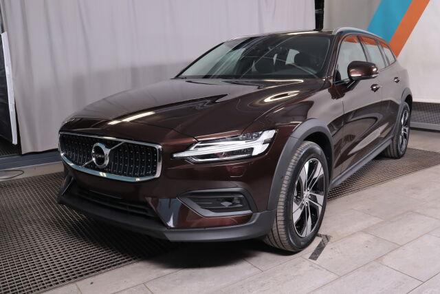 Volvo V60 CROSS COUNTRY 2021
