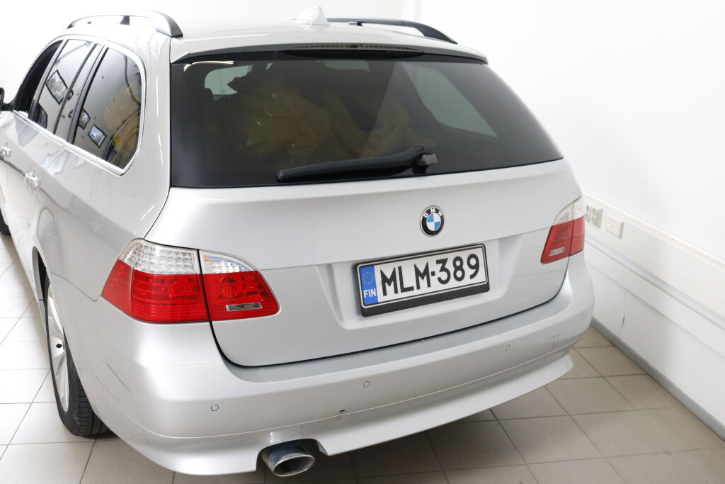 BMW 520 2010 BMW 520 D A E61 Touring
