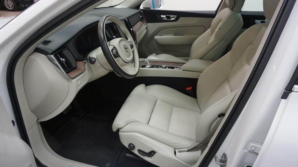 Volvo XC60 2018 Volvo XC60 T8 AWD Inscription A