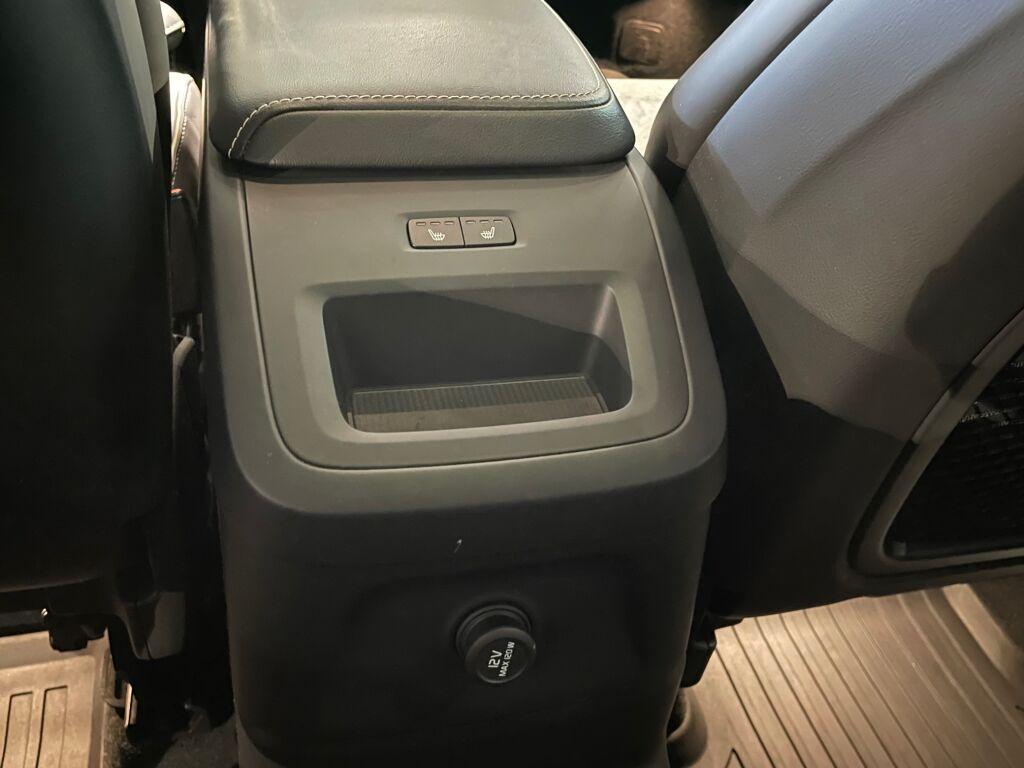 Volvo XC60 2018 Volvo XC60 T8 AWD R-Design A (MY19.1) ** Selekt-takuuvaihtoauto!! ** 1. om lapista ** vetokoukku ** VoC **